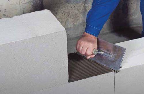 Выбираем клей для бетона