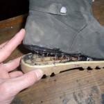 Какой выбрать клей для обуви: советы сапожника