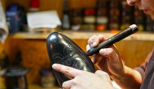 Склеивание обуви