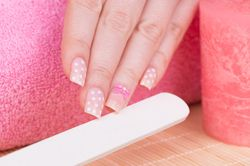 Типсы на ногтях